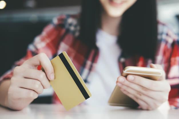 บัตรเครดิตเงินฝากค้ำประกันกรุงเทพ
